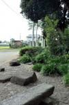 泉前の憩いの場
