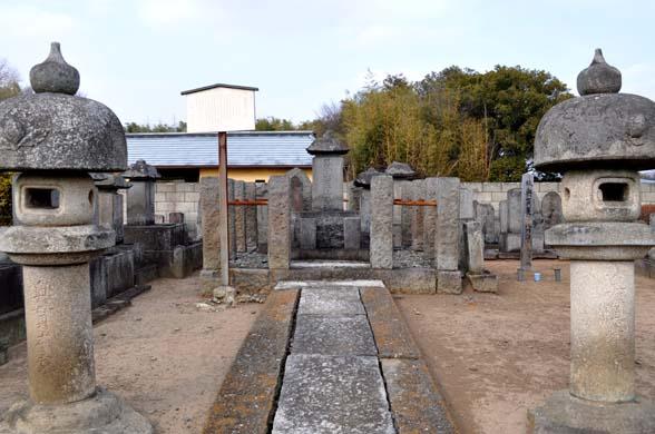 奥貫友山墓