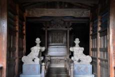 反橋の先にある本殿