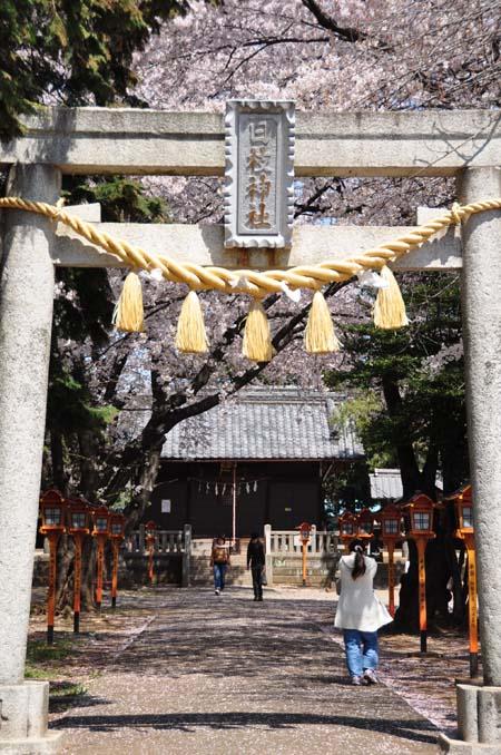 上戸日枝神社境内