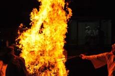 どんどん強まる火